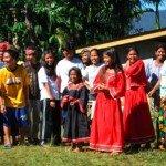 Estudiantes de Pulangiyen. Foto de: Pedro Walpole