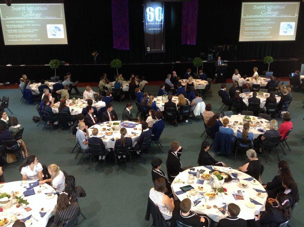 Rassemblement de petit déjeuner Heure de la Terre 2014 au Collège Saint Ignace Riverview