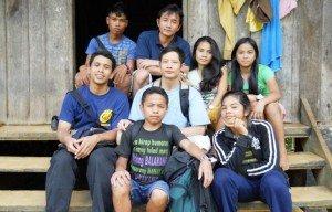 upeace_students_kids in bendum