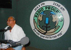 """Ismael """"Melo"""" Moreno Coto, SJ, el director de la Radio Progreso quien recibió la delegación"""