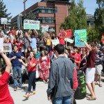 Estudiantes de la Universidad de Seattle piden se deje de invertir en combustibles fósiles, es un movimiento creciente en muchas universidades norteamericanas. Foto des: seattleu.edu