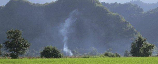 Los bosques, las tierras productivas y los recursos, pero las comunidades necesitan oportunidades para procesar interrelaciones debido a presiones tales como el conflicto de las presas y la reubicación de personas en el Estado Shan, al noreste de Myanmar. Foto des: P Walpole