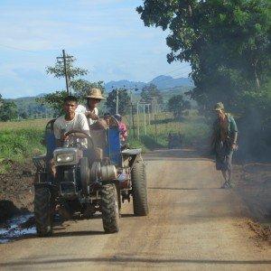 Los agricultores locales y el acceso a la tecnología agrícola, el estado de Shan, al noreste de Myanmar. Foto des: P Walpole
