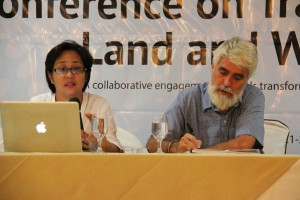 Sylvia Miclat, ESSC Executive Director and Pedro Walpole, ESSC Research Director, during the International Conference on Transformative Land and Water Governance (http://transformativegovernance.essc.org.ph/) in Malaybalay, Bukidnon that ESSC organized in May 2014. Photo credits: A Ignacio, ESSC