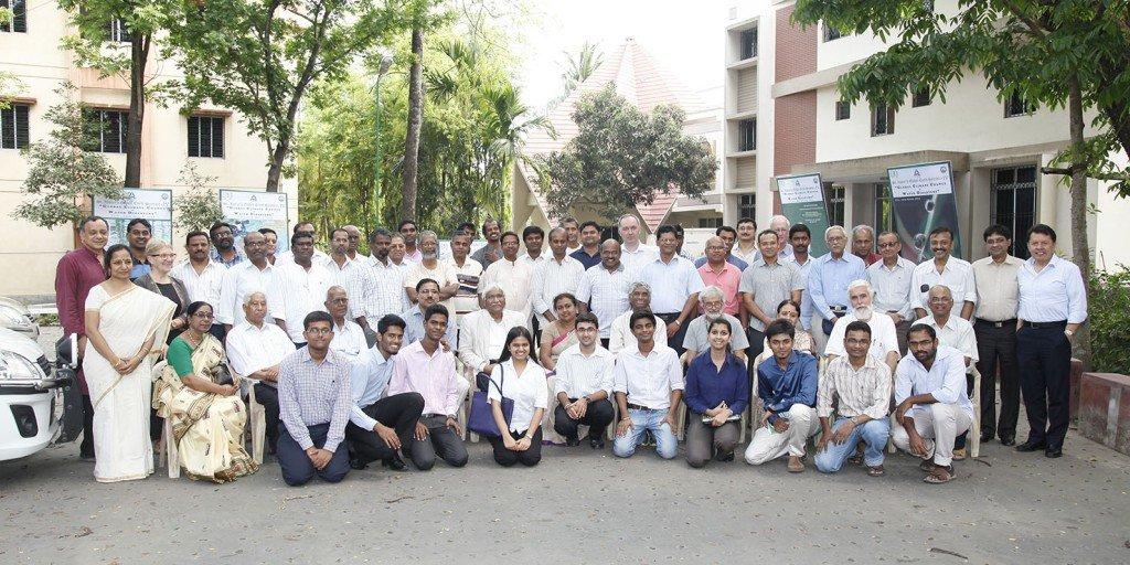 Participantes en la Cuarta Cumbre Global de la Tierra en el Colegio de San Xavier en Calcuta, India