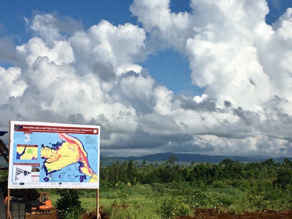 Reubicación de viviendas de la Ecoaldea de San Roque en Barangay Cagaut, Salcedo en la provincia Samar del Este. Foto de: ESSC
