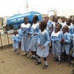 Water distribution in a school in Nairobi, Kenya (Photo credit: P Walpole)