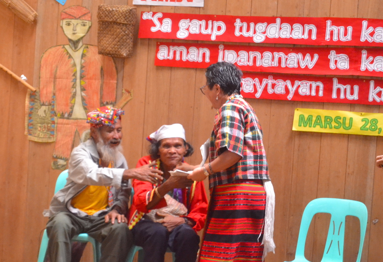 Elders of the Bendum Tribal Council are part of the APC school activity.