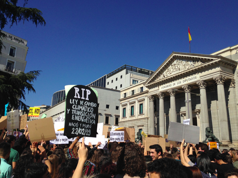 At the Spanish Parliament in Madrid, students and other protesters called for action on climate change. Photo credit: J Tatay